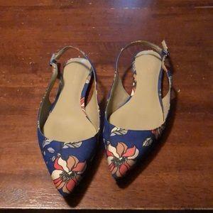 Ann Taylor size 6.5 sling back Sandals